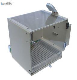 Operant conditioning chamber(Skinner box)
